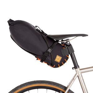 Restrap Saddle Bag Small 8 Liter Oranje/Zwart