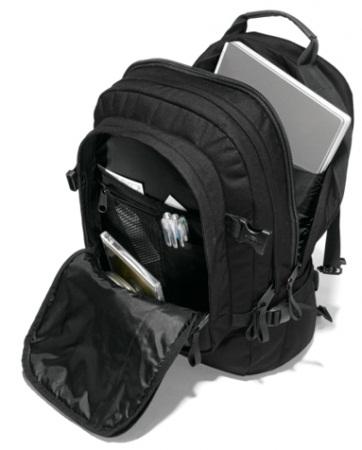 88efcd3d222 Eastpak is overtuigd van de kwaliteit van haar producten. Daarom zit er  maar liefst 30 jaar garantie op de rugzakken, tassen en bagage.
